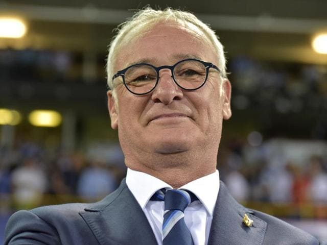 Leicester's head coach Claudio Ranieri attends a press conference.
