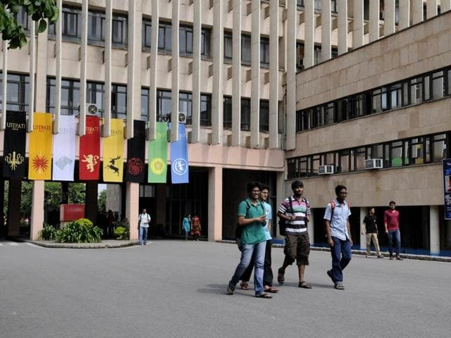 IIT Delhi, alonside IIT Madras and Kanpur figured somewhere between ranks 401 and 500 in the Times Higher Education World University Rankings 2016-17.(Saumya Khandelwal/HT File Photo)