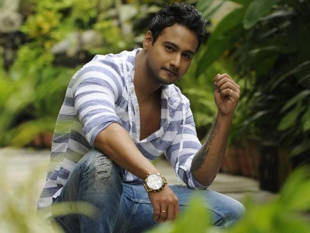 Yash Dasgupta, a popular name on Bengali television, is finally making his Bengali film debut with Gangster.