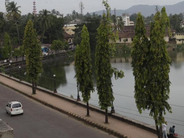 A pristine street and lake in Sawantwadi, Sindhudurg, which was recently declared the cleanest district in India.
