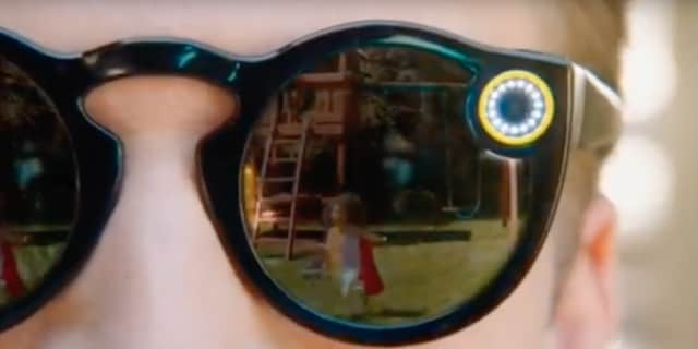 ea60ecfaf0 Watch  Video shows first glimpse of Snapchat s new camera glasses ...
