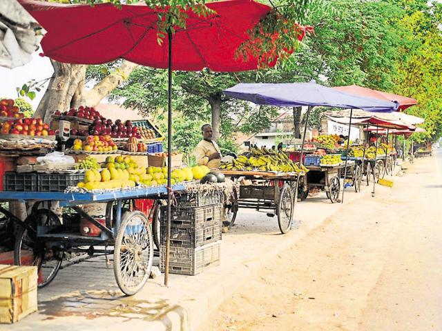 Businessmen in small and Tier 2 towns need to be motivated to create as many jobs as possible. Unfortunately, quarter of a century after liberalisation, businessmen in the Hindi belt still are not given the respect that they actually deserve.(Arun Mondhe/ HT Photo)