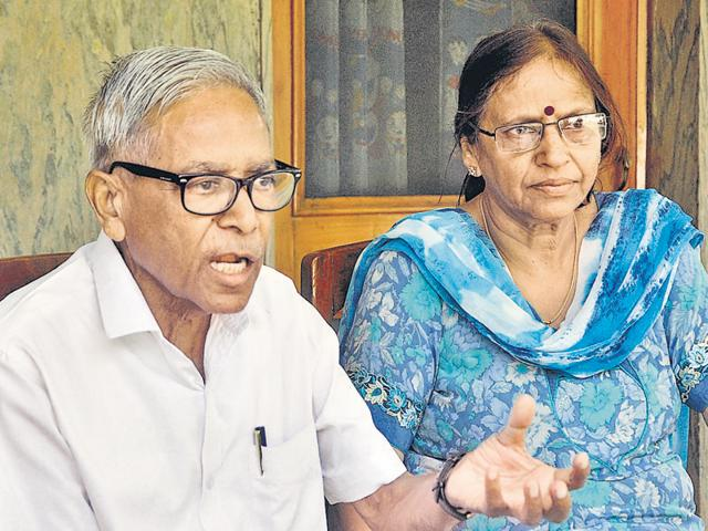 Anand Prakash and his wife Madhu Prakash, who fought for 26 years to get justice for Ruchika, in Panchkula on Friday.