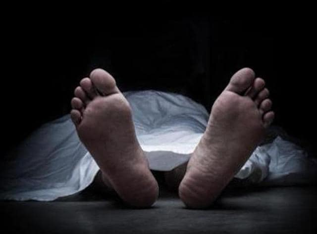 dead body carries in push cart