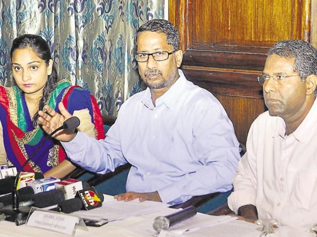 Punjab local bodies minister Anil Joshi (centre), CEO of PMIDC Balamurugan (right) and municipal commissioner Sonali Giri during a press conference in Amritsar on Friday.