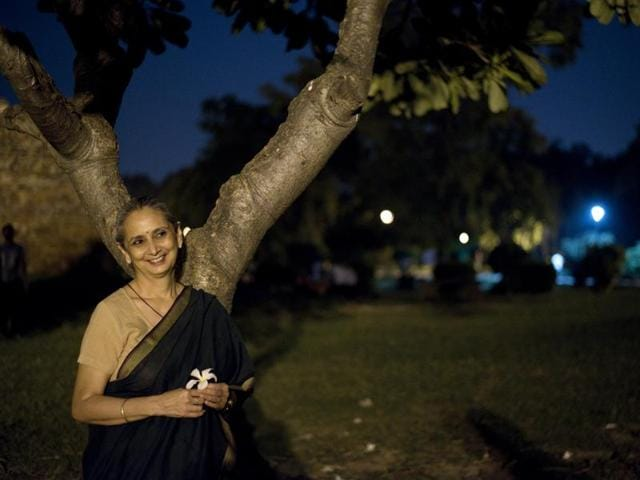 Thumri singer Vidya Rao in conversation with HT at Lodhi Garden in New Delhi, India, on Wednesday. The singer will perform at the India International Centre on Monday.(Saumya Khandelwal/HT Photo)