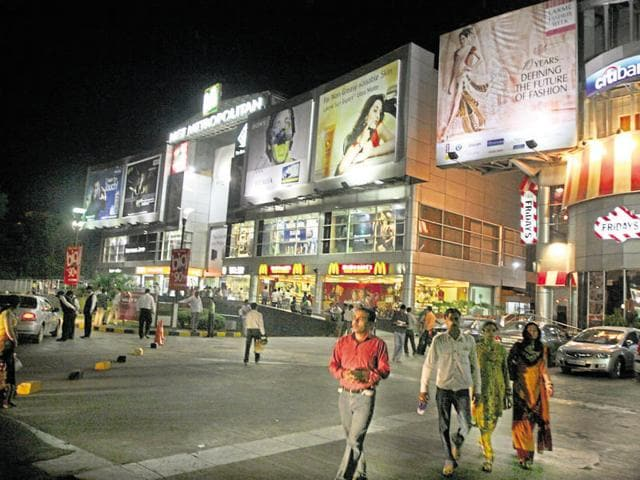 The personnel were stationed at various crowded points on the MG Road that houses a number of malls, residential complexes and corporate offices.