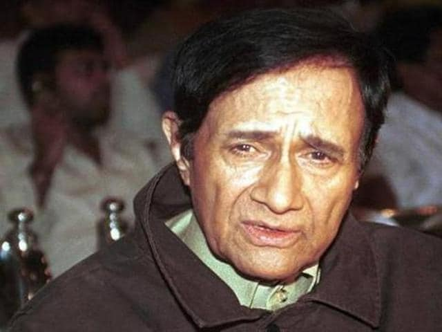 After initial struggle, Dev Anand made his debut with Prabhat Talkies' 'Hum Ek Hain' in 1946.
