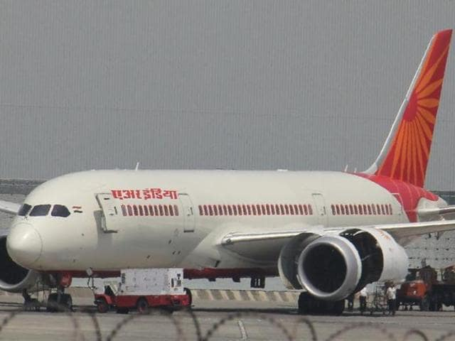 Air India,Stale food served on flight,Consumer rights