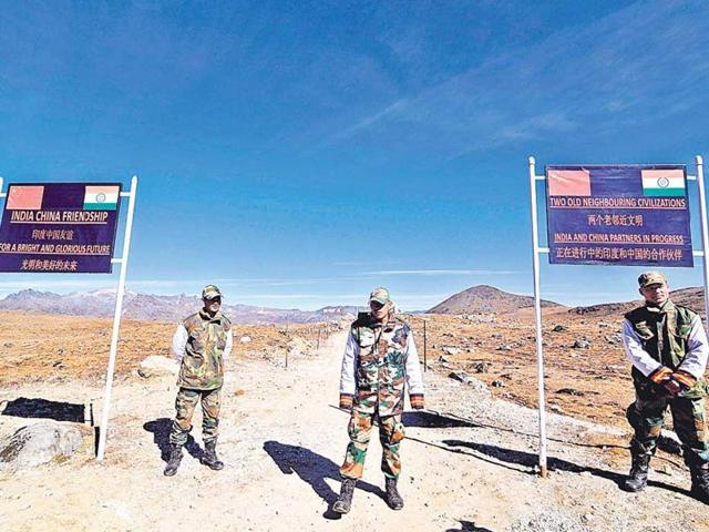 Army personnel keep a vigil at the Bumla pass along the India-China border in Arunachal Pradesh. Both the nations have so far held 19 rounds of boundary talks led by special representatives.(AFP file photo)