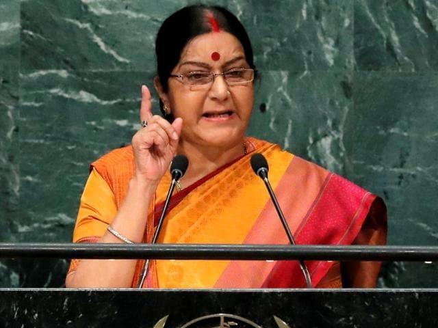 Abandon dream of snatching Kashmir: Sushma tells Pakistan at UNGA