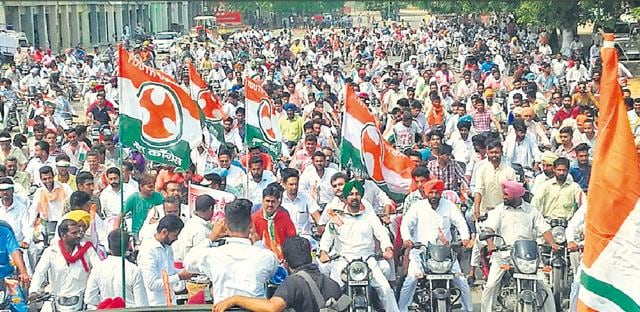 A bike rally organised by Punjab Pradesh Congress Committee in Mansa on Monday.(HT Photo)