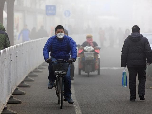 The WHO has estimated that more than six million deaths per year are linked to exposure to outdoor and indoor air pollution.