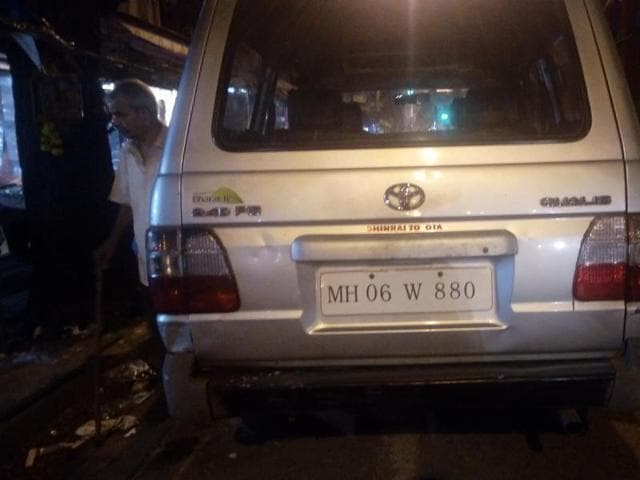 Vehicle owners with VIP registration numbers — between 1 to 999 — will have to compensate for the missing digit/s with equivalent number of 'zero/s'