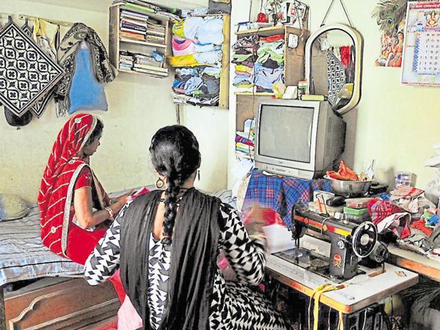 HIV-positive patients,Social stigma,Indore colony