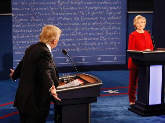 Republican nominee Donald Trump (left) and Democratic nominee Hillary Clinton during the first presidential debate at Hofstra University in Hempstead, New York.  (AFP Photo)