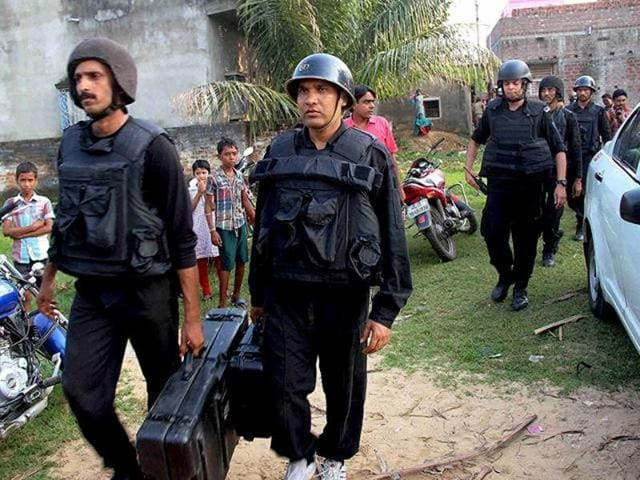 NIAofficers at Khagragarh, Burdwan. The agency wrapped up the investigation in a few months and unravelled the entire plot bringing into focus how a banned Bangladeshi terror outfit used the soil of Bengal to recruit youths, train them in weapons and made IEDs.
