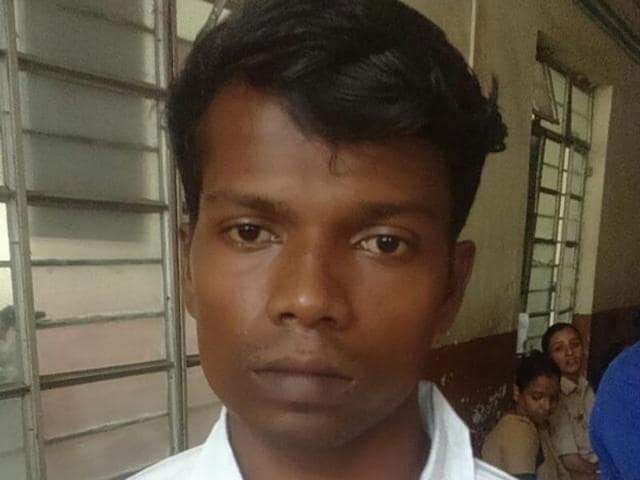 Atul Rama Lote, who used to work on a poultry farm at Wada, raped and murdered a 6-year-old girl near a shop