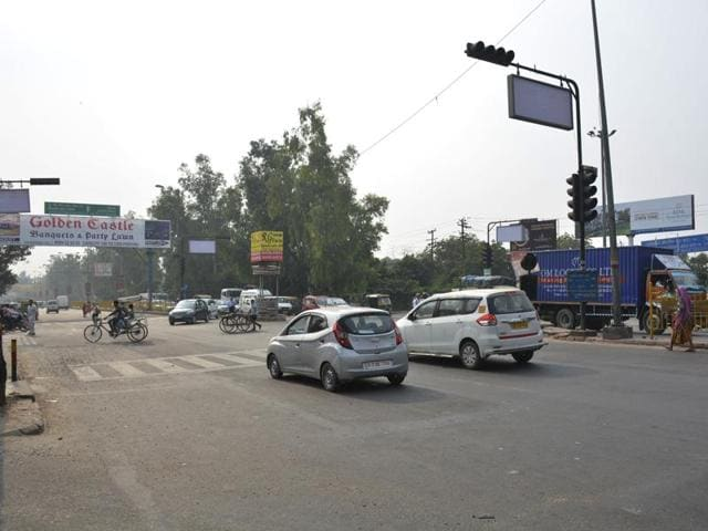 Commuters from Delhi and Vaishali will be able to avoid Vasundhara and use the flyover to move directly towards Mohan Nagar.