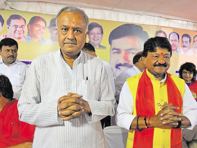 (Right) Kailash Vijayvargiya's tweets caused a flutter in the party and the government on Tuesday.