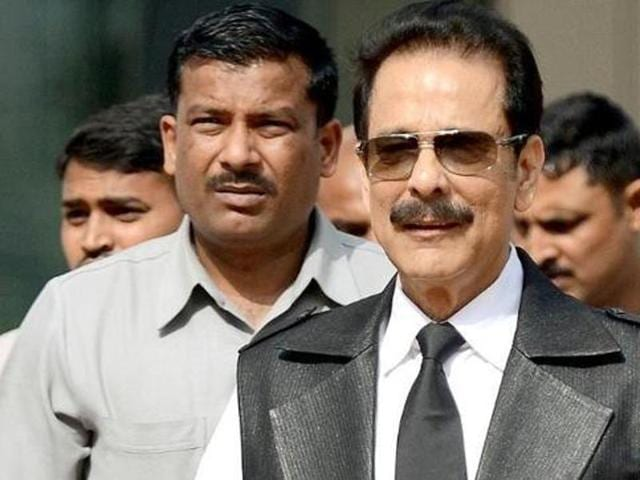 In this photograph taken on April 10, 2013, Sahara group's chairman Subrata Roy leaves the SEBI head office in Mumbai.