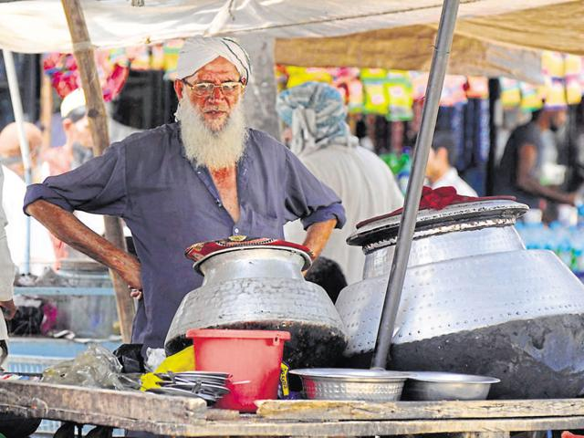 The biryani stalls of Mewat were a source of decent livelihood to 15,000 people. It is estimated that around 3,000 such stalls operated across the district.