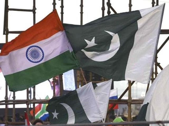 China on Wednesday called on Pakistan and India to solve their differences over Kashmir.