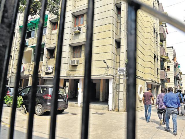 Neelkanth Apartments where former director general of  corporate affairs, B K Bansal, who was facing a CBI probe in a corruption case, allegedly committed suicide with his son.