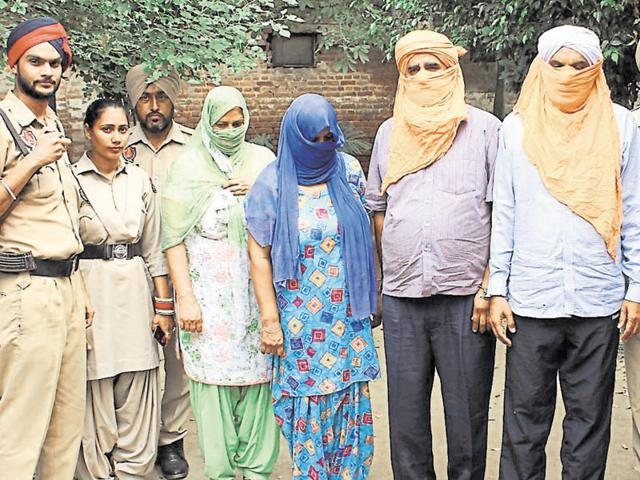 Four arrested,Ludhiana,using video to extort