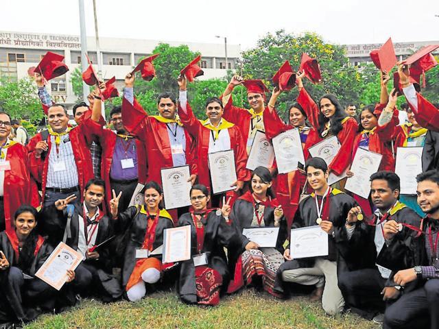 Bhopal,engineering students,Sanatan Dharma