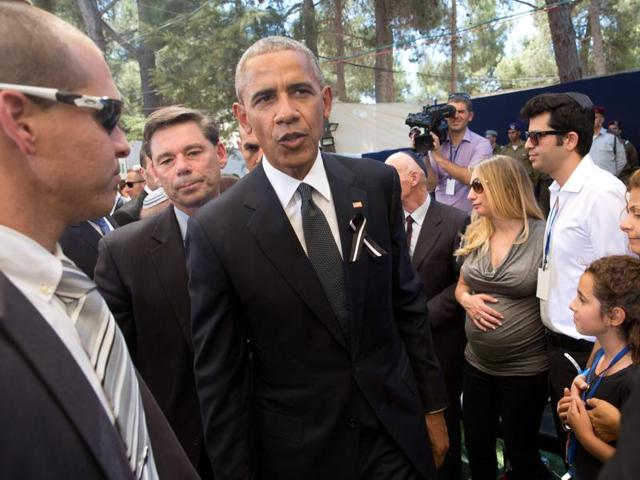 US President Barack Obama attends the funeral of former Israeli president and prime minister Shimon Peres at the Mount Herzl national cemetery in Jerusalem .