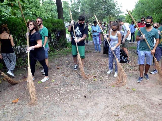 Swachh Bharat Abhiyan,Cleanliness initiative,PM Modi