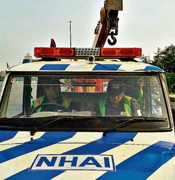 The high resolution cameras are mounted on top of the patrol vehicles and these will help the highway operator in getting live feed of accidents and traffic management in such a scenario, and in monitoring the highway realtime
