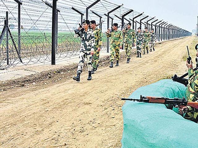 Pakistan violated ceasefire in Jammu and Kashmir's Akhnoor district.