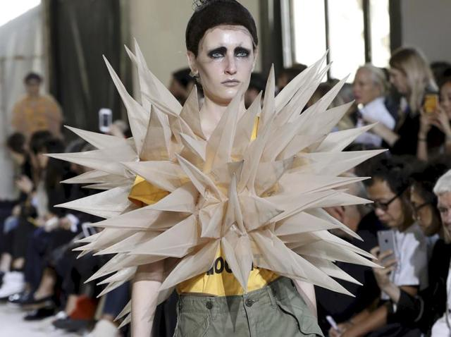 Paris Fashion Week,Fashion Week,Latest Fashion Trends