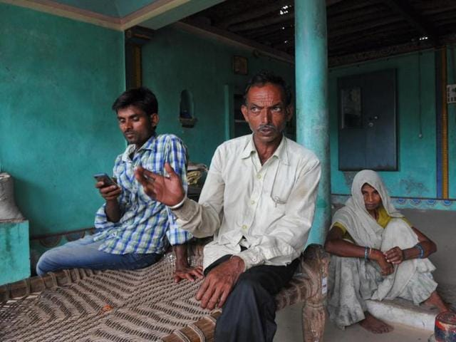 Debt-ridden farmers in Kukshi tehsil who took loan from moneylenders in Indore.