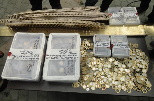 Coin-minting factory busted in Delhi, fake currency worth Rs 40,000