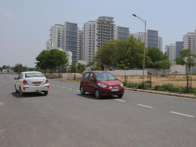 Two industrial townships in Gujarat were rated the best for infrastructure while Lalpur in West Bengal was the worst.