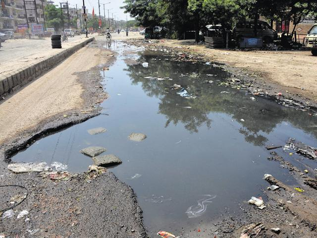Shalimar Garden,Ghaziabad,bad roads