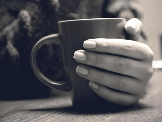 Drinking two to three cups of coffee per day may help older women keep dementia at bay.