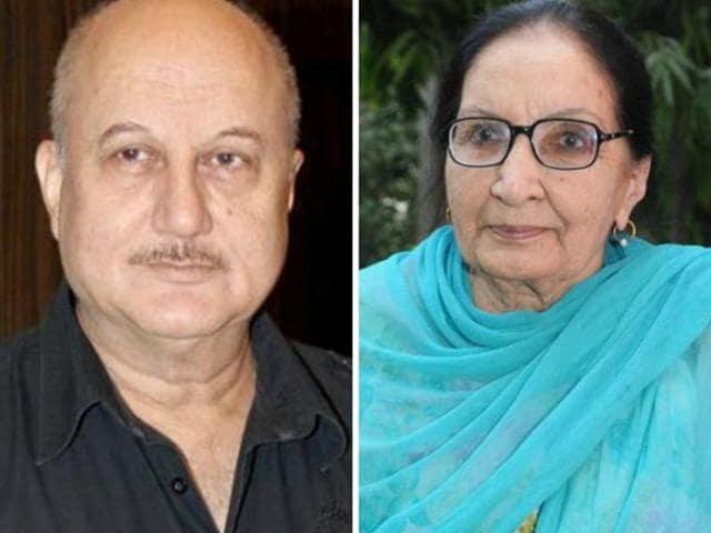 Punjabi novelist professor Dalip Kaur Tiwana and actor Anupam Kher