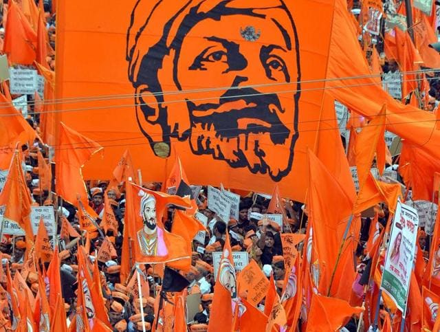 The state-wide Maratha agitation that has rattled the government may be picking up momentum, but a row over credit among Maratha outfits may dampen the spirit.