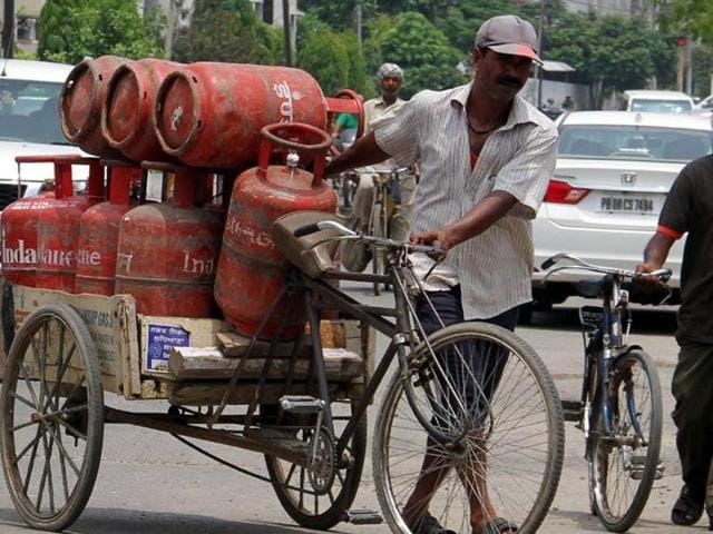 The LPG customers have time till November-end to apply for an Aadhaar number to continue receiving the subsidy.