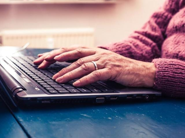 Researchers have developed a technique to monitor Parkinson's disease progression as patients use a computer keyboard.