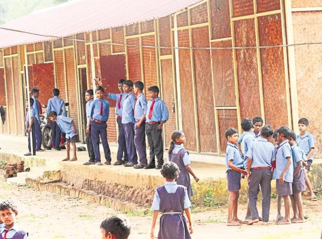 The state has identified 65 panchayats in Bastar zone that have decided to build bamboo-structure schools.(Ritesh Mishra/HT Photo)