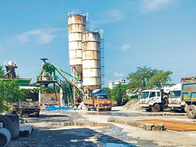 Pollution control board shuts down cement plant in Aarey