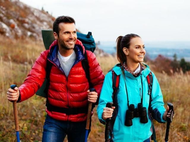 Involving all of the body's muscle chains, Nordic walking uses more energy, up to 40% more than walking without poles.