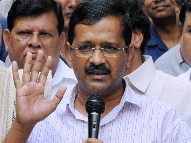 Aam Aadmi Party chief and Delhi chief minister Arvind Kejriwal was targeted by the opposition and Twitter users after #PakStandsWithKejriwal began trending.