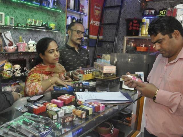 Jalandhar,e-cigarettes,liquid refills