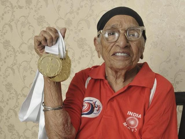 Fauja Singh holds the world record for the fastest marathon by a centenarian.